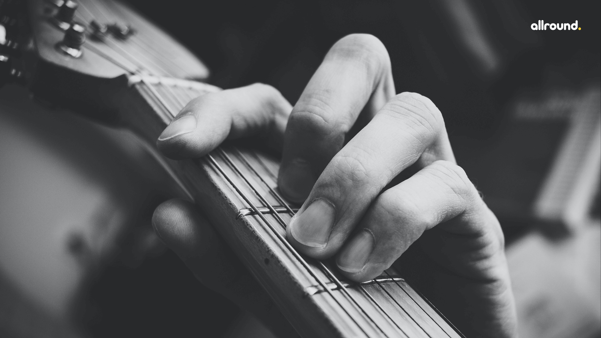 String bends on electric guitar